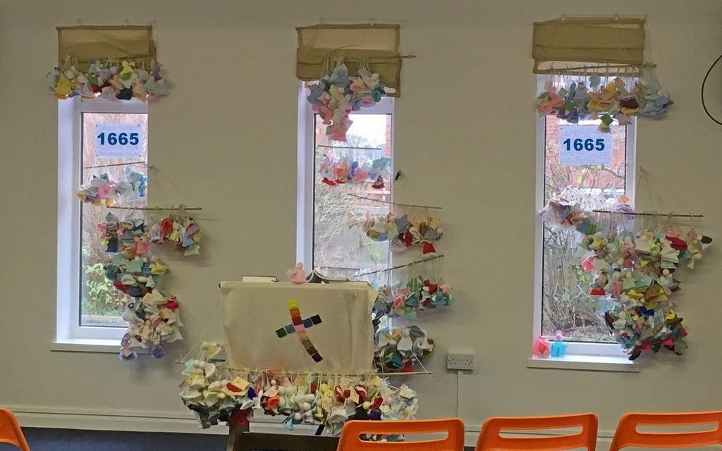 1665 Knitted Angels Bomb Wirral